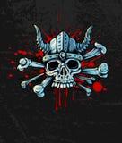 Cráneo sangriento en casco con los cuernos y los huesos ilustración del vector