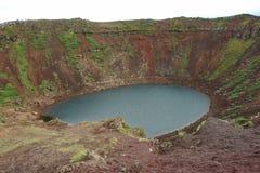 Cráter de Kerid, Islandia Imagenes de archivo