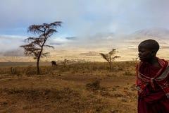 Cráter de Ngorongoro de la gente de Maasai Imagenes de archivo