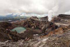 Cráter de Volcano Gorely, Rusia, península de Kamchatka Paisaje volcánico fotografía de archivo libre de regalías