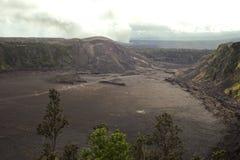 Cráter del volcán de Kilauea Imágenes de archivo libres de regalías