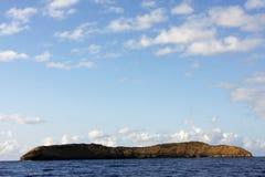 Cráter Maui de Molokini Imágenes de archivo libres de regalías