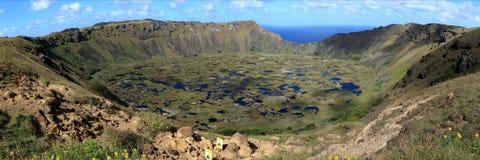 Cráter Rano Kau de la isla de pascua Fotos de archivo libres de regalías