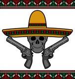 Crâne avec le sombrero et les pistolets Photos stock