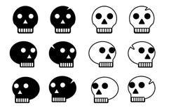 Crâne d'isolement sur le blanc Photos stock