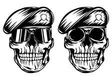 Crâne dans le béret Photographie stock