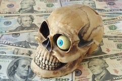 Crâne sur l'argent Photographie stock libre de droits