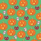 Crânes de woth de modèle de Halloween, potirons et chats noirs Photos stock