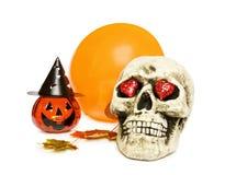 Crânio, abóbora e balão de Halloween Fotografia de Stock Royalty Free