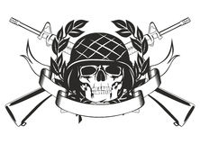 Crânio no capacete militar Fotografia de Stock