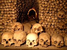 Crânios subterrâneos fotos de stock royalty free
