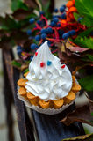 crème de gâteau de panier Images libres de droits
