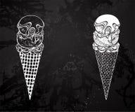 Crème glacée de découpe avec la craie de dessin de sirop Photographie stock libre de droits