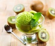 Crème glacée de kiwi Image libre de droits