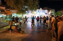 CRÈTE, HÉRAKLION 24 JUILLET : Les musiciens exécutent sur des lions ajustent en juillet 24,2014 à Héraklion sur l'île de Crète en Images stock