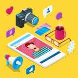 Création satisfaite de media Blogging et social Icônes isométriques du vecteur 3d de blog de photo ou de vidéo Concept d'affaires Images stock