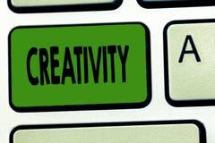 Créativité des textes d'écriture Concept signifiant l'utilisation de l'imagination ou des idées originales de créer quelque chose photo stock