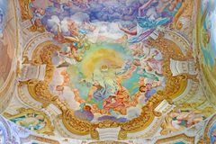 CRÉMONA, ITALIA: Gloria del fresco del padre en Chiesa di San Sigismondo de Giulio Campi, de Bernardino Campi y de Bernardino Gat Foto de archivo