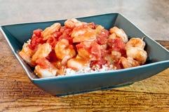 Créole de crevette servi sur le riz photos libres de droits