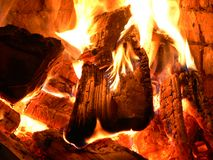 Crépitement d'un incendie Images libres de droits