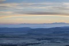 Crépuscule au-dessus de Rocky Mountains Photos stock