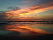 Crépuscule/aube au-dessus de l'Océan Atlantique photos stock