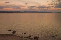 Crépuscule de lac Yellowstone Photo stock