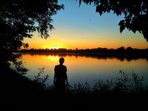 Crépuscule par le fleuve Vistule image libre de droits