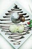 Crême de chocolat et glacée Image stock
