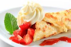 Crêpe de fraise Photo libre de droits