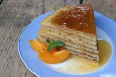 Crêpe de gâteau de tranche image stock