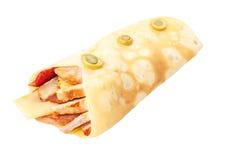 Crêpe farcito con pollo fritto e formaggio Fotografia Stock
