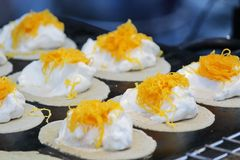 Crêpe thaïlandaise avec fios de ovos Image stock