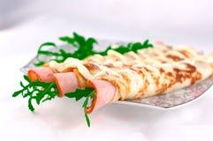 Crêpes et jambon Image stock