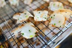 Crêpes grillées douces et savoureuses de Noix de coco-riz Image stock