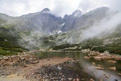 Crête de Lomnicky de bâti dans le haut Tatras photo libre de droits