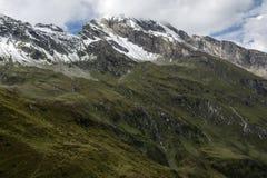 Crête de montagne au-dessus de Kaprun images stock