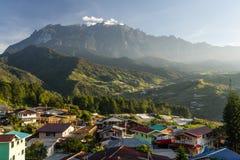 Crête de montagne de Kinabalu, sommet le plus élevé en Sabah Malaysia image stock