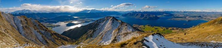 Crête du ` s de Roy couverte de neige en hiver, Wanaka, Nouvelle-Zélande photos libres de droits