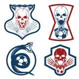 Crêtes d'équipe réglées avec le serpent et les crânes illustration libre de droits