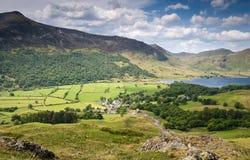 Crêtes de montagne, Cumbria Photo stock