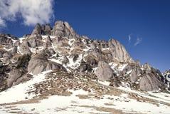Crêtes de montagne de Milou images stock
