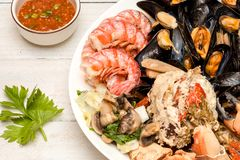 Crab and mussels Stock Photography