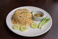 crab smażących mięsnych ryż zdjęcie royalty free