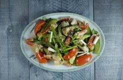 Crabe avec le légume image stock