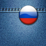 Crachá da bandeira do russo na textura da tela da sarja de Nimes Imagem de Stock