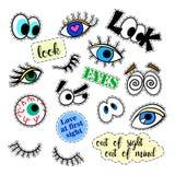 Crachás do remendo da forma Olhos ajustados etiquetas, pinos, remendos e coleção escrita à mão das notas no estilo cômico dos des Fotos de Stock