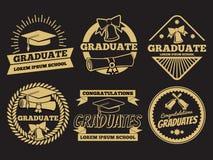 Crachás do vetor do graduado do estudante do vintage Grupo de etiqueta da graduação ilustração stock