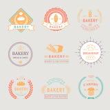 Crachás retros da padaria do vintage, etiquetas, logotipos Pão ilustração do vetor