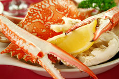 Cracked Crab And Lemon Stock Images